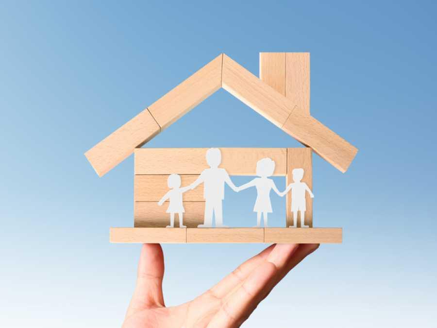 Программа господдержки ипотеки, первоначально рассчитанная на срок до 1 ноября 2020 года, продлена до 1 июля 2021 года.